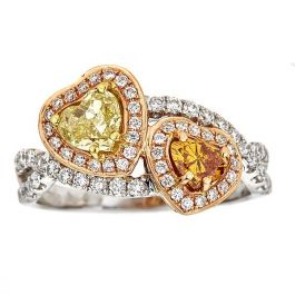 1.40 carat, Heart shaped Ring with Colored Diamonds, 4.4gr. 18K Gold