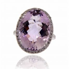 0.75 Carat, Romantic Purple Amethyst Ring with Diamonds, VS2 Clarity, 5.60 gr. 18K Gold